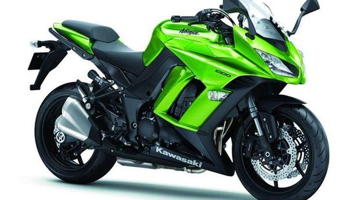 Kawasaki เอาอีกแล้ว เปิด Ninja1000 (Z1000SX) โดยมิได้นัดหมาย  ชน Ducati 2 โมเดล