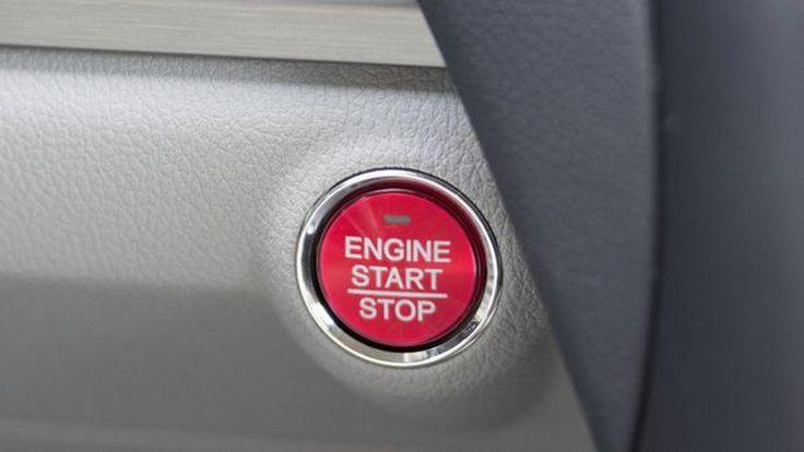 """10 ค่ายรถถูกฟ้องในสหรัฐฯ หลังพบความเสี่ยงถึงชีวิตของ """"สวิทช์สตาร์ทเครื่องยนต์"""""""