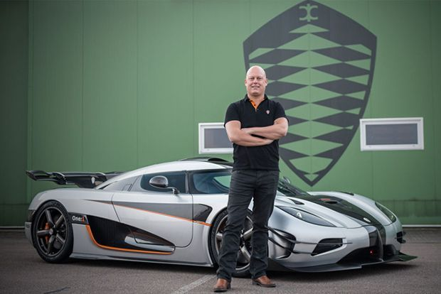 """ย้อนรอย """"Koenigsegg"""" จากบริษัทขายไก่แช่แข็งสู่ผู้ผลิตไฮเปอร์คาร์สวีเดน"""