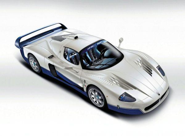 ซูเปอร์คาร์ Maserati ฝาแฝด LaFerrari จะเปิดตัวในปี 2015