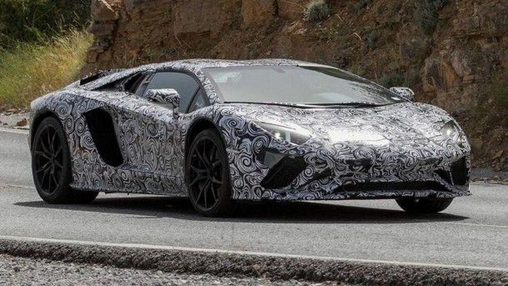 Lamborghini Aventador รุ่นปรับโฉมอาจมาพร้อมรหัส S ต่อท้าย