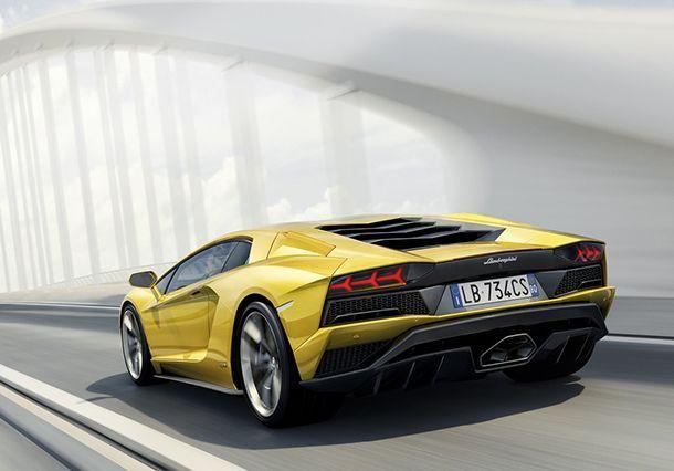 Lamborghini Aventador S อัพเกรดพละกำลัง ล้อหลังเลี้ยวได้