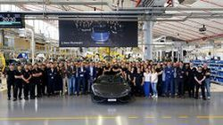 Lamborghini ฉลองสายการผลิต Huracan ครบ 8,000 คัน