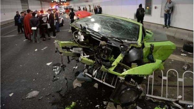สองนักซิ่ง Lamborghini-Ferrari ชนยับในปักกิ่งถูกสั่งจำคุก 5 เดือน