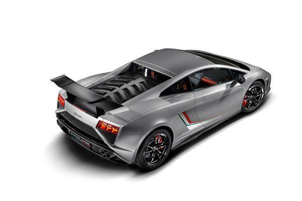 กระทิงตัวแข่ง Lamborghini Gallardo LP 570-4 Squadra Corse