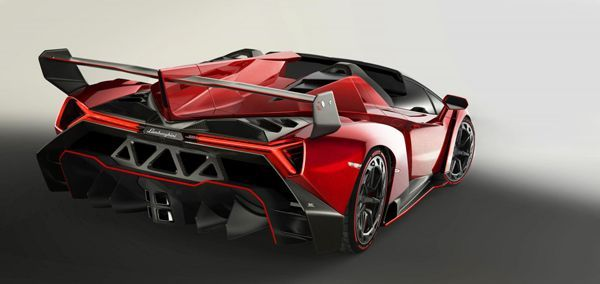 Lamborghini Veneno Roadster เผยโฉมอย่างเป็นทางการ ค่าตัว 3.3 ล้านยูโร
