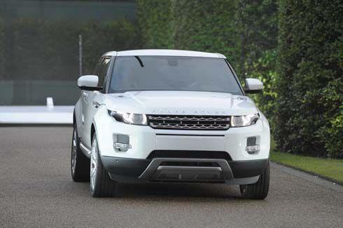 Land Rover ยกขบวนรถหรูอวดโฉมอีกครั้ง ณ The Emporium 19 -25 กันยายนนี้