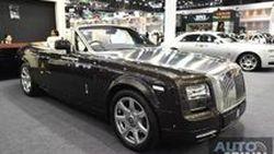 [TIME2016] ชม Rolls-Royce Phantom Drophead Coupe คันสุดท้ายของสายการผลิต กับราคาค่าตัว 46.5 ล้านบาท