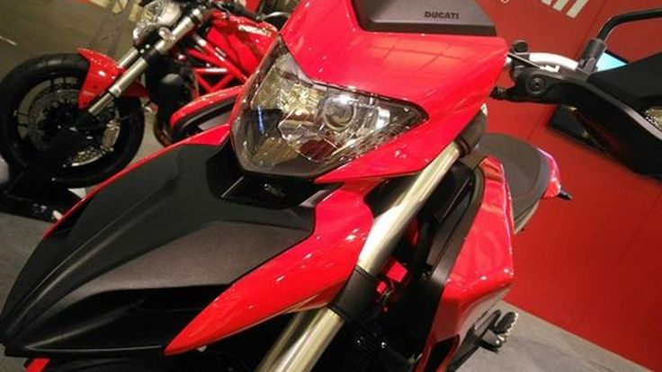 เคาะราคาไทย 2016 Ducati HyperMotard 939 โหลดเตี้ยเอเชียเสป็คส่งมอบเดือน 7 แน่นอน