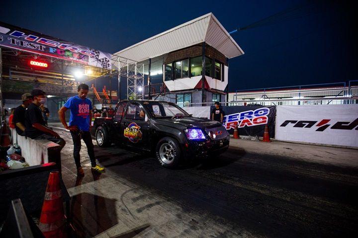 RAIDENTRIES จัดทดสอบยางรถบ้านสายพันธ์แข่ง HERO STREET DRAG