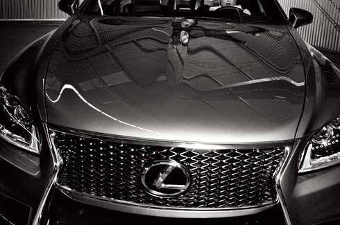 Lexus ประกาศเปิดตัวรถต้นแบบปริศนารุ่นใหม่ที่ 2012 Paris Motor Show