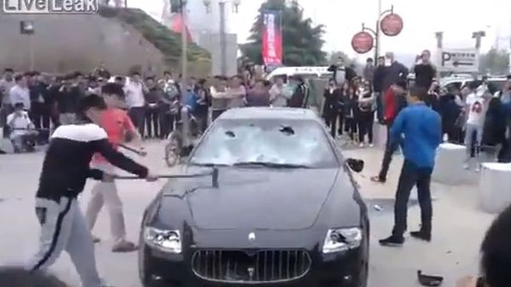 Quattroporte ถูกทุบเละ ลูกค้าชาวจีนไม่พอใจ Maserati ซ่อมรถด้วยอะไหล่มือสอง
