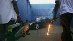 Maybach หมดสภาพรถหรูตัวพ่อ ในมิวสิควิดีโอ Otis ของ Kanye West และ Jay-Z