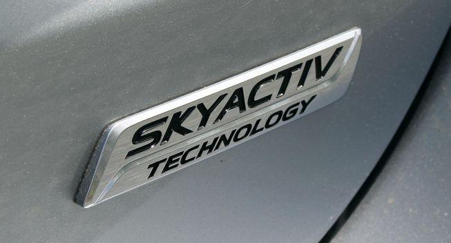 """Mazda เตรียมพัฒนาเครื่องยนต์ """"SkyActiv"""" รุ่นใหม่ให้ประหยัดเท่าไฮบริด"""