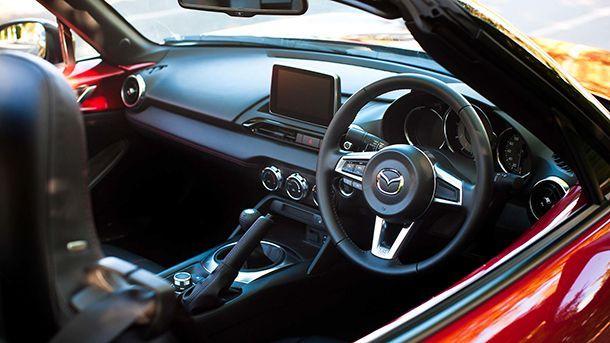 ผลสำรวจของ Mazda ชี้ ลูกค้าส่วนใหญ่ต้องการขับรถด้วยตนเอง แม้จะมีระบบขับขี่อัตโนมัติ