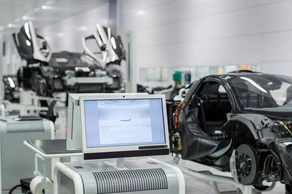 McLaren เดินเครื่องผลิต P1 ซูเปอร์คาร์ไฮบริด จำนวนจำกัด 375 คันเท่านั้น