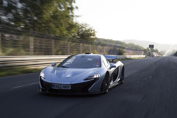 ขายดีจัด McLaren เผย P1 ซูเปอร์คาร์ไฮบริดเหลือเพียงไม่กี่คันเท่านั้น