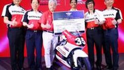 """""""เอ.พี. ฮอนด้า"""" จัดใหญ่ ดึง """"ไมเคิล ดูฮาน - มาร์ค มาร์เกซ"""" สองสุดยอดนักบิดระดับโลกร่วมมีตแอนด์กรี๊ดแบบเอ็กซ์คลูซีฟ ที่ MotoGP บุรีรัมย์ !"""
