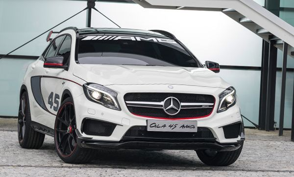 Mercedes-Benz เตรียมเปิดตัว S600 Maybach และ GLA45 AMG ที่ Detroit Auto Show สัปดาห์หน้า