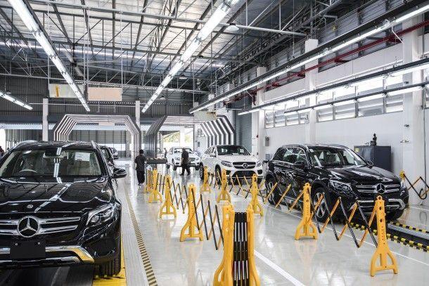 """เมอร์เซเดส-เบนซ์ ร่วมกับ บางชันเยนเนอเรลเอเซมบลี ทุ่ม 2 พันล้านบาท เปิด """"ศูนย์เตรียมรถยนต์ใหม่"""" รับการขยายธุรกิจในอนาคต"""
