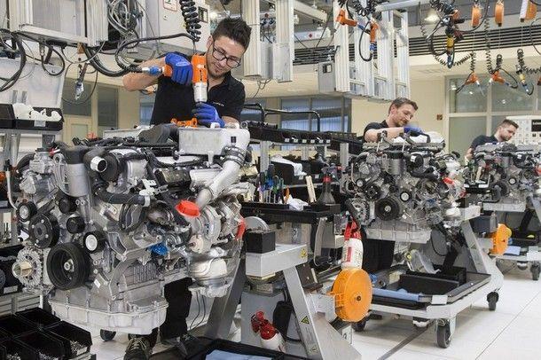 เมอร์เซเดส-เบนซ์ เตรียมพัฒนาเครื่องยนต์ วี8 ทวินเทอร์โบ ที่มีสมรรถนะเทียบเครื่องยนต์ วี12