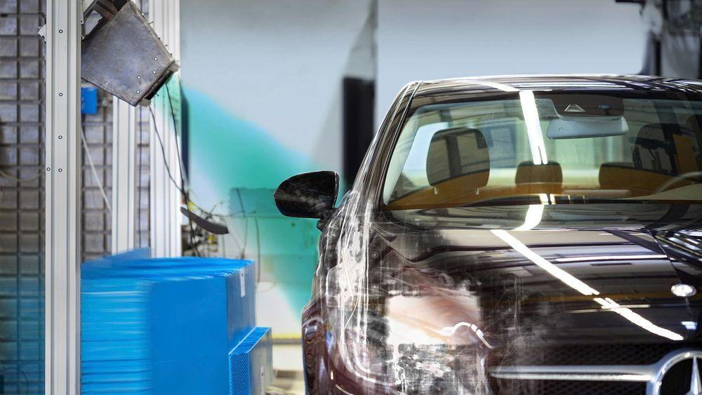 Mercedes-Benz ใช้เทคโนโลยีเอ็กซ์เรย์ ยกระดับความปลอดภัยทดสอบการชน