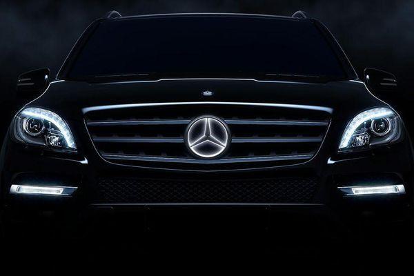 """Mercedes-Benz ถูกจีนปรับอ่วม 350 ล้านหยวนข้อหา """"ฮั้วราคา"""""""