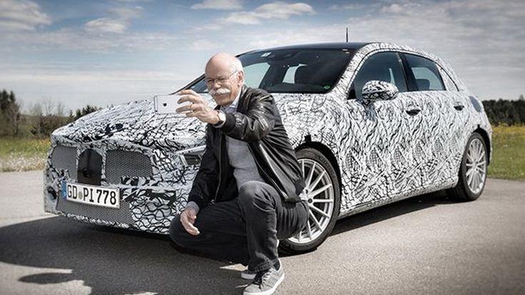 ทีเซอร์แนวใหม่! Mercedes-Benz ปล่อยภาพประธานเซลฟี่ A-Class ใหม่