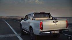 ชมโฆษณา Mercedes-Benz X-Class ดึงดูดทุกกลุ่มลูกค้าให้ต้องวิ่งตาม