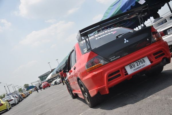บรรยากาศเล็กน้อยกับงาน Mitsubishi Top Speed Drag Racing 2013