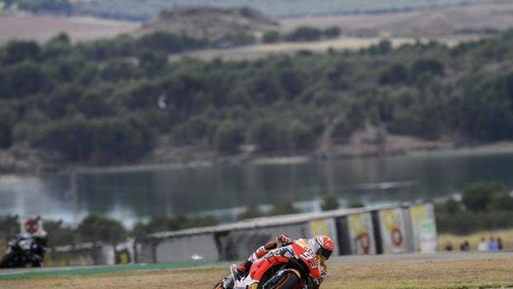 [MotoGP] Aragon GP มาร์เกซขี่จอเล็กทั้งเรซ บ่าววีสตาร์ท 10 จบ 2 พร้อมท็อปกัน ยืนโพเดียมอันดับ 3