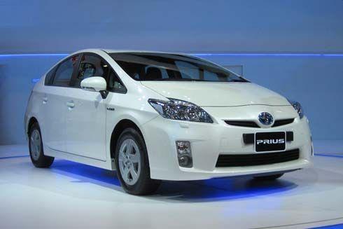 Motor Expo 2010: Toyota Prius รถไฮบริดสุดร้อนแรง สร้างกระแสท้ายปีต้อนรับปีใหม่
