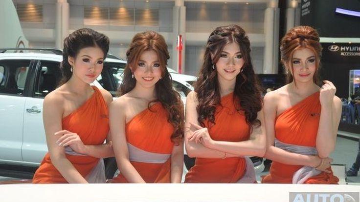[Motor Expo 2013] พาชม พริตตี้สาวสวย หลากหลายค่าย By Autospinn