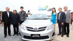 ใหม่ Toyota Altis 1.8 ลิตร พร้อมใช้น้ำมันแก๊สโซฮอล E85 พร้อมปรับราคาลง