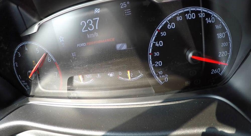 New Ford Fiesta ST กับความเร็วท็อปสปีดที่ 232 กิโลเมตรต่อชั่วโมง