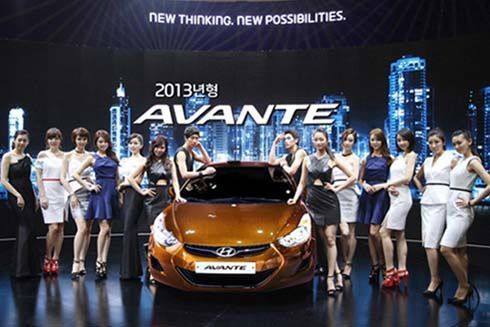 Hyundai เพิ่มความโฉบเฉี่ยว Avante/Elantra รุ่นปี 2013 กระตุ้นตลาดเกาหลี