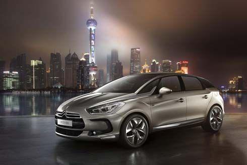 ประธานาธิบดีฝรั่งเศสคนใหม่เลือกใช้รถไฮบริด Citroën DS5 เป็นรถประจำตำแหน่ง