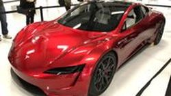 พาชม New Tesla Roadster สปอร์ตไฟฟ้าเจ้าสถิติ 0-100 ใน 1.9 วินาที จอดโชว์คันจริงๆ แล้ว ในสหรัฐฯ
