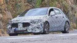 Mercedes-AMG A45 รุ่นใหม่ เริ่มวิ่งทดสอบแล้ว พร้อมรูปลักษณ์สปอร์ตมากขึ้น และพกม้ามากว่า 400 ตัว !!