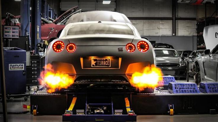 สุดโหด Nissan GT-R พลัง 2,438 แรงม้าทุบสถิติควอเตอร์ไมล์