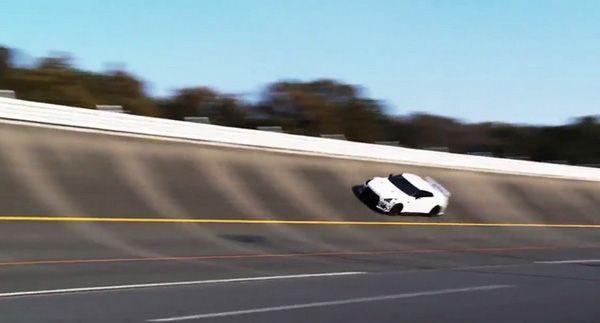 ชมวีดีโอ Nissan GT-R NISMO วาดลวดลายในสนามทดสอบโทชิกิ