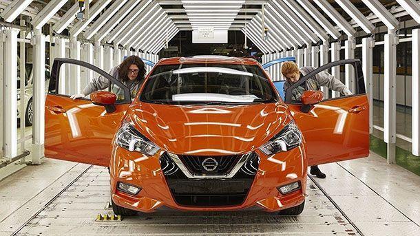 Nissan Micra / March คันแรกออกจากสายการผลิตแล้ว