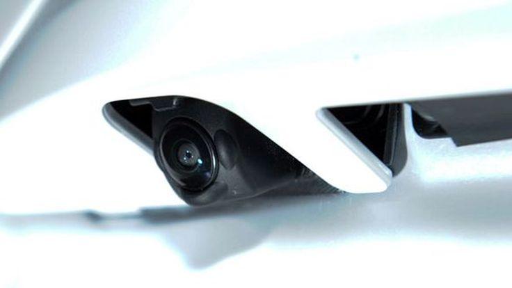 อัจฉริยะ!? Nissan เปิดตัวระบบทำความสะอาดกล้องมองหลังอัตโนมัติ
