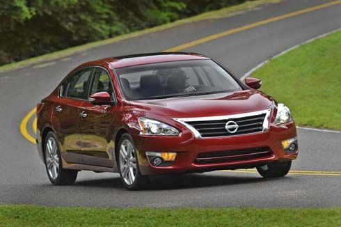 เปิดภาพใหม่ของ Nissan Altima รุ่นปี 2013 ว่าที่ All-New Teana สวยในทุกมุมมอง