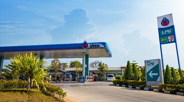 """""""กรมธุรกิจพลังงาน"""" เผยไตรมาสแรกปี 61 คนไทยซดน้ำมันดุ"""