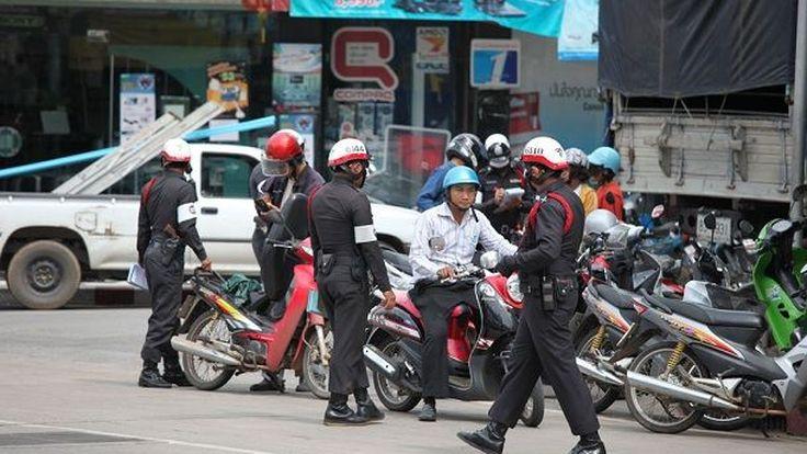 กลับลำ อนุมัติ ตำรวจสามารถตั้งด่านตรวจในเวลากลางวันได้