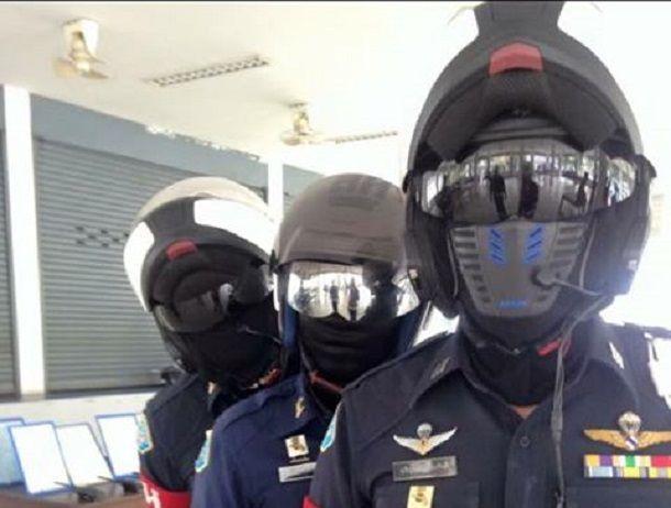 เอาเข้าไปไทยแลนด์ เมื่อตำรวจบอกว่ากันแดดในหมวกกันน็อคผิดกฎหมายไม่ต่างจากการใช้บังลมหน้าสีทึบ