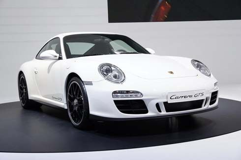 Porsche 911 GTS ทั้งเวอร์ชั่นคูเป้และเปิดประทุน ร่วมงานมอเตอร์โชว์ที่ปารีส เริ่มขายปลายปี