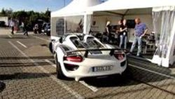 Porsche 918 Spyder ออกโชว์ตัวในสไตล์รถแข่งที่สนาม Nürburgring