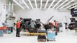 Porsche ส่งทีเซอร์ Mission E คุยโวมีความสปอร์ตที่สุดในระดับเดียวกัน